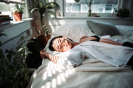 Siete lámparas o despertadores de amanecer para empezar el día de forma natural y encontrarte menos cansada