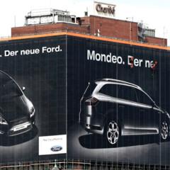 anuncio-gigante-del-ford-mondeo