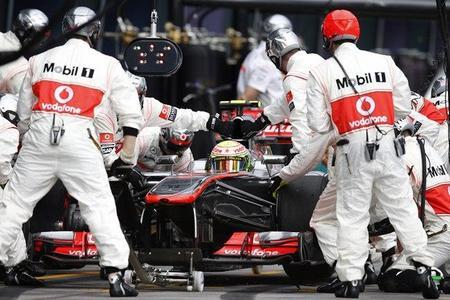 Sergio Pérez quiere ver a Telmex en McLaren la temporada que viene