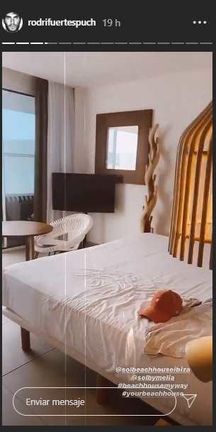 Adara Y Rodri Hotel Ibiza 524b061e 305x609