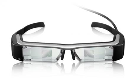 Los pasos a dar durante una operación, directamente en las gafas Moverio de Epson