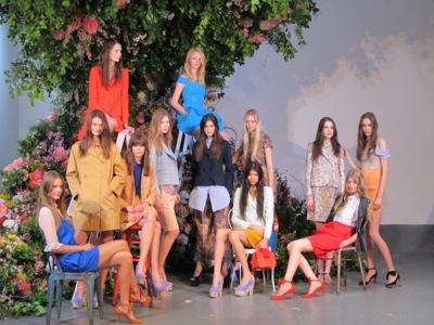 Carven Resort 2013:  una colección para chicas Twiggy