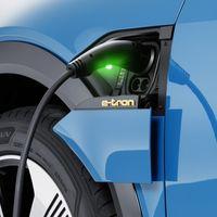 Audi pone en marcha su red de carga para coches eléctricos en España: una tarjeta, 72.000 puntos de recarga