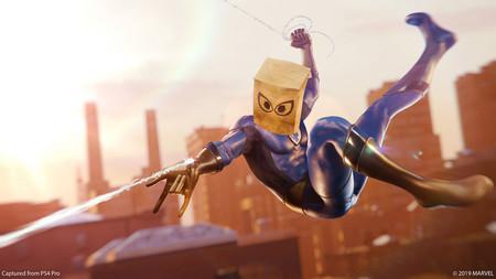 Marvel's Spider-Man se actualiza para recibir gratis un par de trajes nuevos inspirados en Los 4 Fantásticos