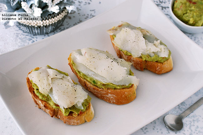Tostas Aguacate Bacalao
