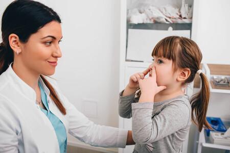 Adenoides o vegetaciones en niños: qué síntomas provoca su inflamación y cuándo se recomienda realizar una adenoidectomía