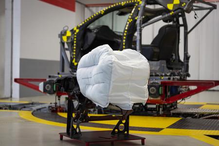 Honda está preparando un triple airbag frontal para hacer sus coches mucho más seguros