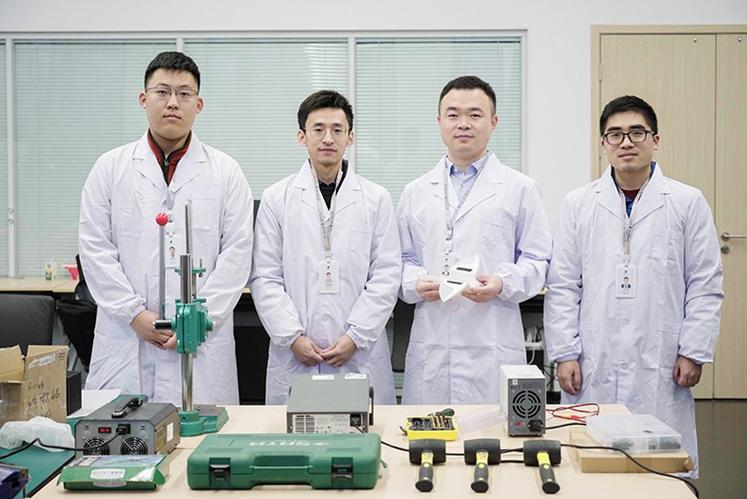 Se crea el primer robot blando que se puede operar a 10.000 metros bajo la superficie del océano