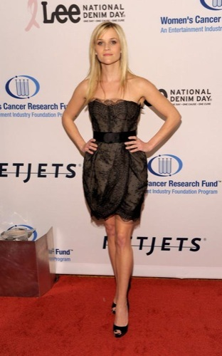 Alfombra Roja solidaria en la Unforgettable Evening: Reese Witherspoon