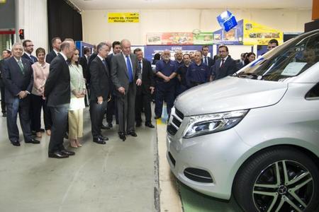 """S.M. el Rey Don Juan Carlos """"ficha"""" por Mercedes"""