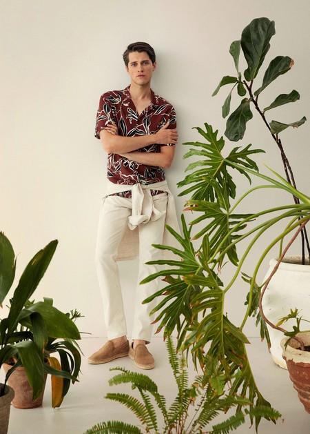 Los tonos marrón dominan los looks de verano y el atuendo de oficina con estas piezas de Mango