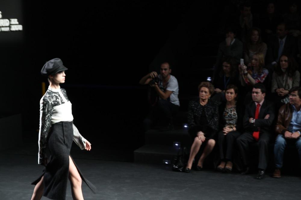 Foto de Jesús del Pozo en la Cibeles Fashion Week Otoño-Invierno 2011/2012 (58/71)