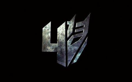 El logo oficial de Transformers 4