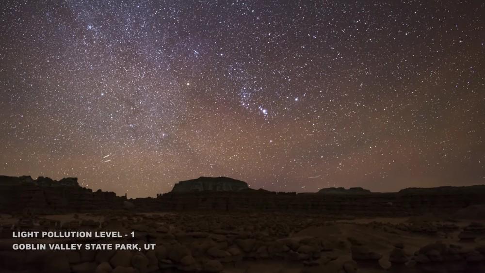 Este alucinante timelapse muestra cómo afecta la contaminación lumínica la visión del cielo en la noche