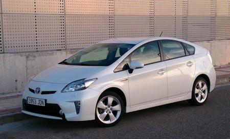 Probamos el Toyota Prius 2015: conducción y eficiencia al alcance de la mano