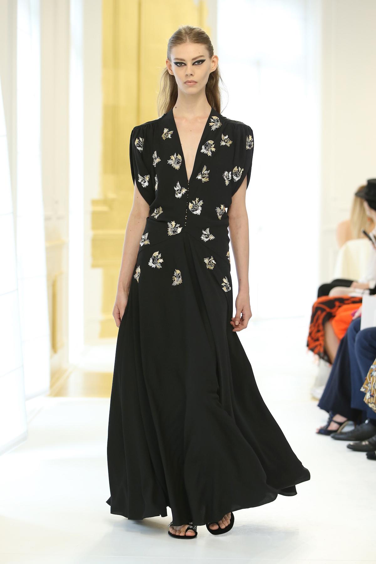 Foto de Dior Alta Costura Invierno 2016 (45/46)