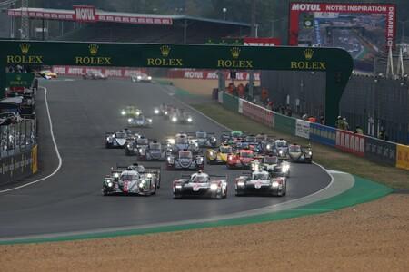 El Toyota #7 lidera en los primeros compases de las 24 horas de Le Mans tras un pinchazo de sus compañeros
