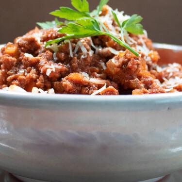 Salsa Boloñesa original, un clásico de la cocina italiana. Receta fácil y rápida