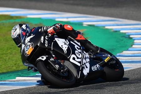 Lorenzo Baldassarri lidera el estreno de las Moto2 con motor Triumph a 3 décimas de la pole en Jerez