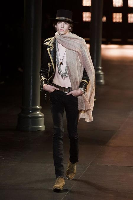 saint-laurent-spring-summer-2015-pfw18.jpg