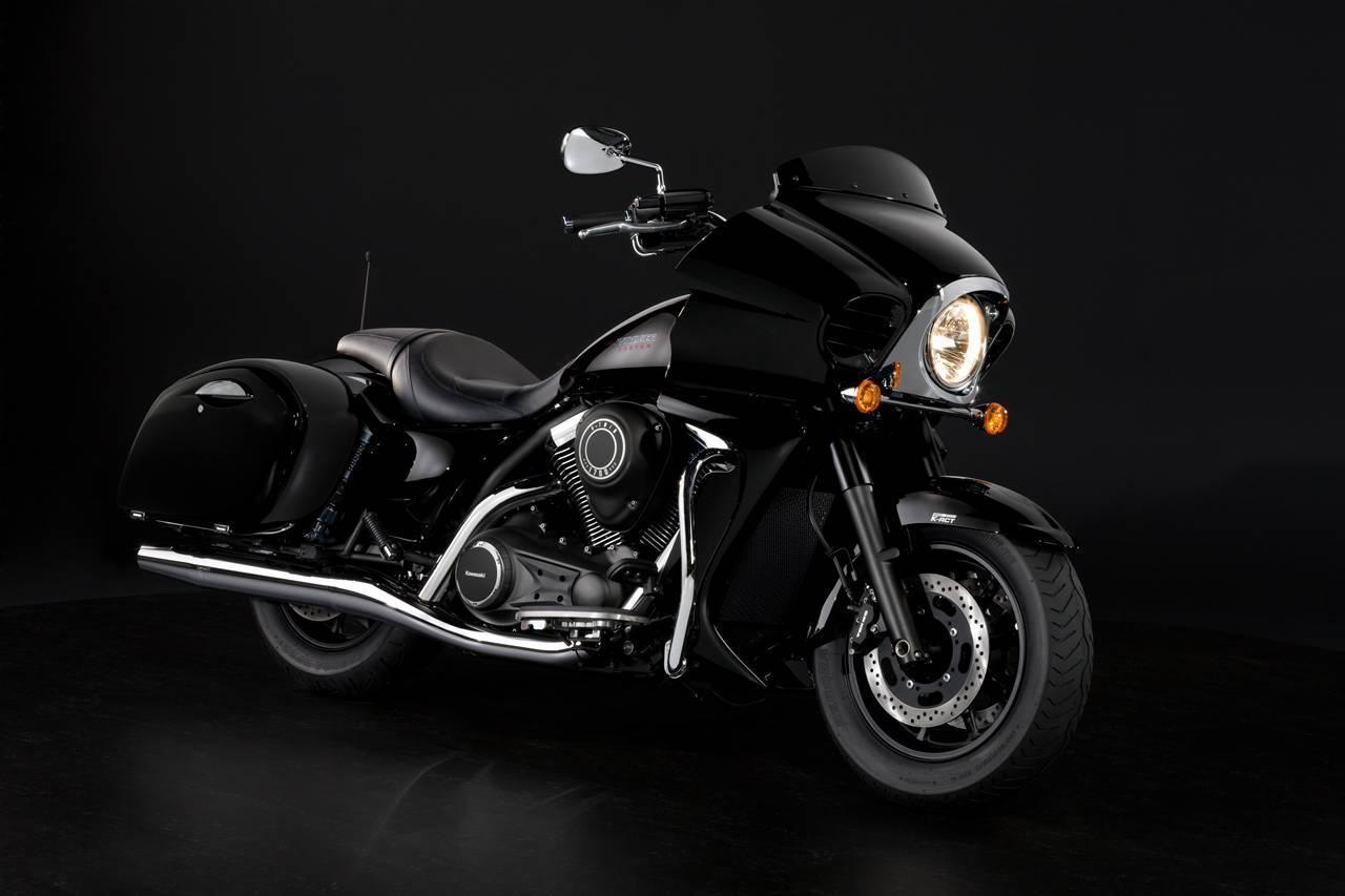 Foto de Kawasaki VN1700 Voyager Custom, el concepto ancho y bajo (1/16)