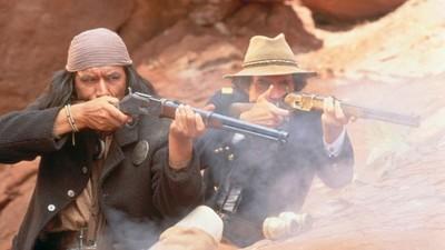 Walter Hill: 'Gerónimo', el regreso al western (I)