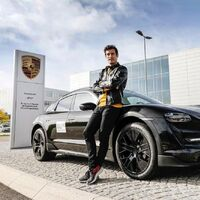 Porsche revela cuándo presentará y venderá el Porsche Taycan Cross Turismo, la versión familiar de la berlina eléctrica