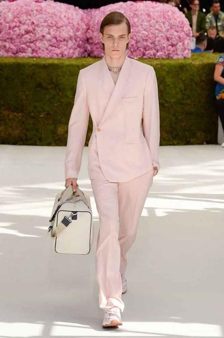 Nicholas Hoult Vuelve A Triunfar Con Un Look De Dior Men En La Alfombra Roja 04
