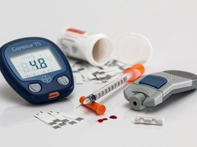 Métodos de medición continua de glucosa en sangre no invasivos para diabéticos, ¿funcionan?