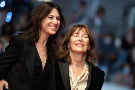 Charlotte Gainsbourg descubre en Cannes el lado más personal de Jane Birkin con un documental sobre su madre