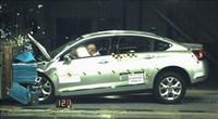 EuroNCAP: éxito para el Citroën C5, fracaso para el Nissan Navara