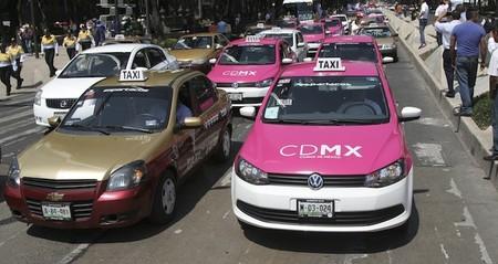 Taxistas de todo el país harían paro nacional en protesta contra Uber y Cabify