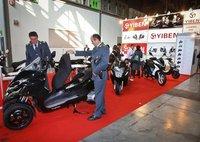Incautan un scooter chino en el EICMA por su parecido con el Piaggio MP3