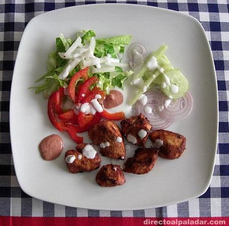 Receta de pollo tandoori massala, con su ensalada