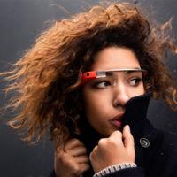 La nueva generación de Google Glass, con nuevo diseño, está empezando a llegar a las empresas, según WSJ