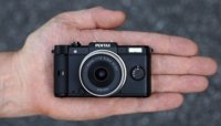 Pentax Q se suma a la fiebre de las cámaras sin espejo diminutas