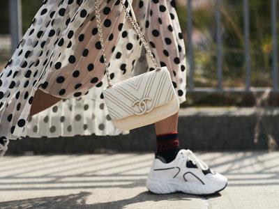 Este otoño pisa con garbo con estas 13 zapatillas deportivas (y sin perder estilo a cada zancada)