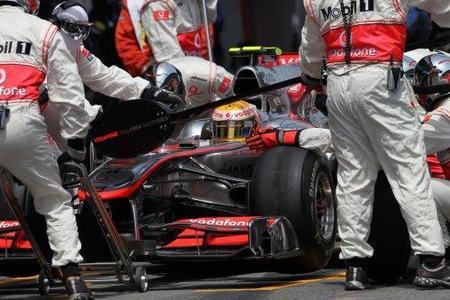 Una tuerca mal colocada provocó el accidente de Lewis Hamilton