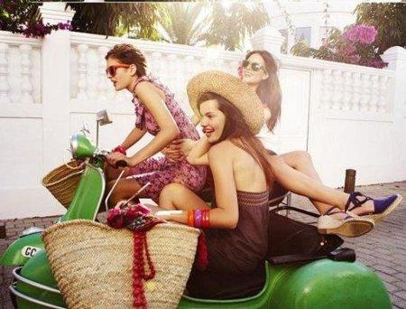 Catálogo Springfield Primavera-Verano 2010: looks casual para la playa y para la ciudad