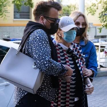 Preocupación por Mila Ximénez: regresa al hospital con ayuda y ocultando su rostro