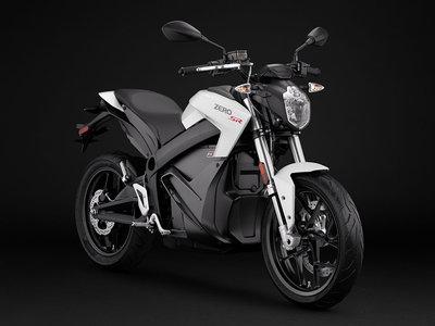 Hasta 360 km de autonomía con sólo una hora de carga, así es la nueva ofensiva eléctrica de Zero Motorcycles