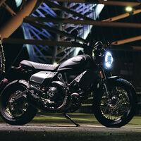 Ducati Scrambler 800 Nightshift: una nueva personalidad para la scrambler italiana con 72 CV y motor Euro5