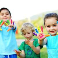 Algunos niños pasan menos tiempo al aire libre que los presos: por qué es importante el juego en su educación