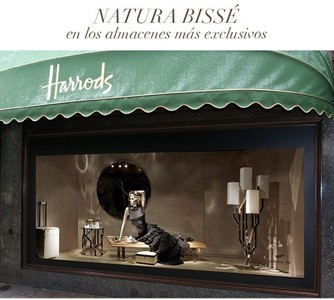 Escaparate Natura Bissé en Harrods