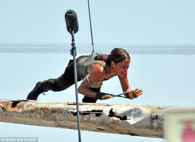 Foto de Alicia Vikander como Lara Croft (6/10)
