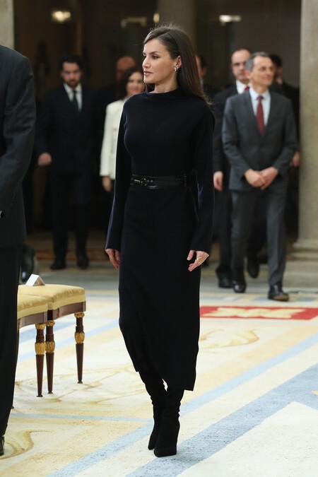 Doña Letizia con vestido look 2020