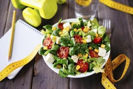 Los siete puntos clave que seguir en tu dieta para perder peso y conseguir una buena definición muscular