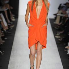 Foto 17 de 20 de la galería constance-jablonski-la-modelo-con-mas-desfiles-en-la-temporada-primavera-verano-2010 en Trendencias