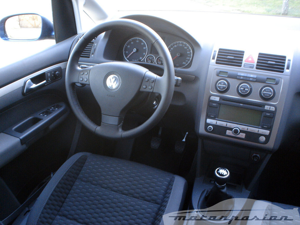 Foto de SEAT Altea XL contra Volkswagen Touran  (26/36)