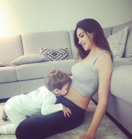 Y así confirma Sara Carbonero que el segundo baby viene en camino